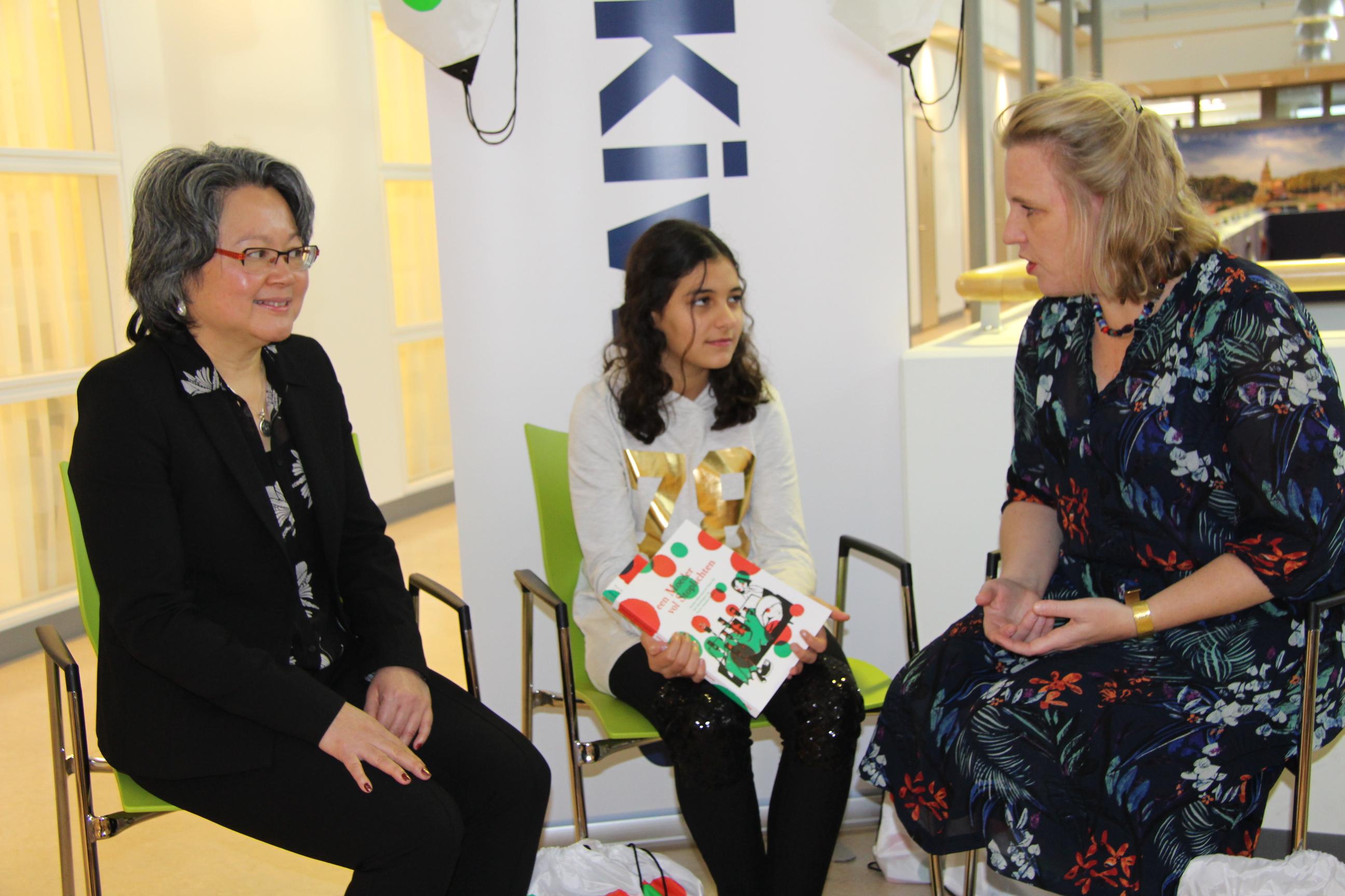 Kiwanis Den Haag doneert MS-familietasjes